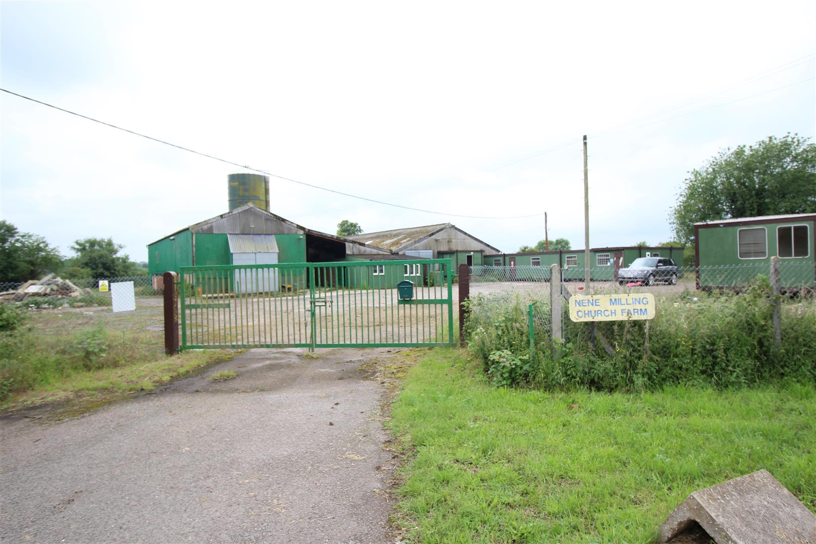 COMMERCIAL INFORMATION<br/><br/>Freehold Detached Light Industrial / Warehouse<br/>Use Class Orders E (g) (iii), (Formally) B1 (c) Light Commercial<br/>Site Area 4.64 Acres - 1.88 Ha<br/>Yard Buildings & Land<br/>Toilet Facilities<br/>Office Areas<br/>16